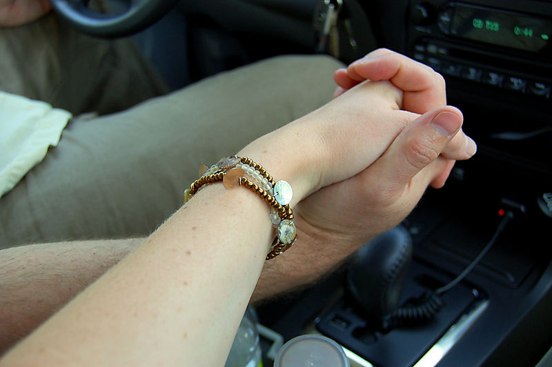 Date holding hands1