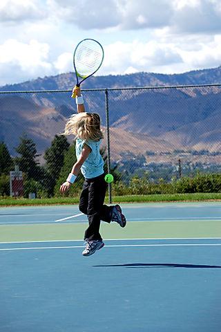 Tennis hannah's jump1
