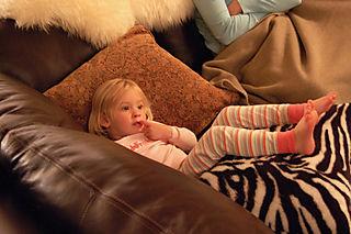 Laurel on grandpas couch01