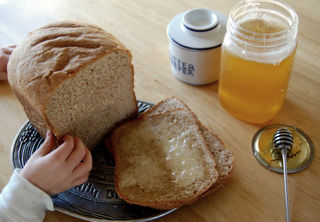 Bread and honey01