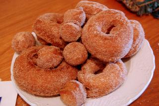 Rainy day donuts01
