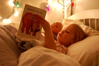 Laurel at bedtime2008-12-04