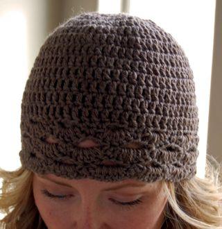 Fan edged hat close2009-08-25