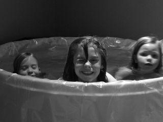 Ian's birth girls in tub