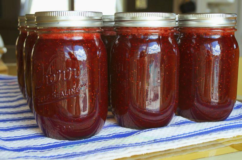 Making jam finished