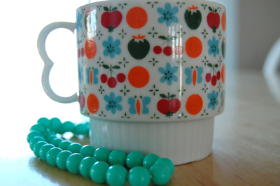 Thrifted_cup_and_beads1