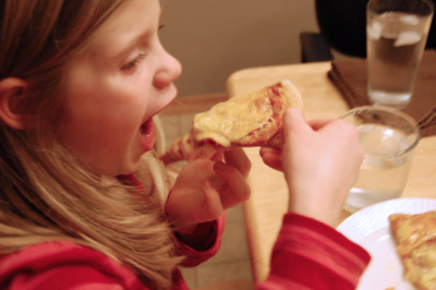 Friday_pizza_night_eating1