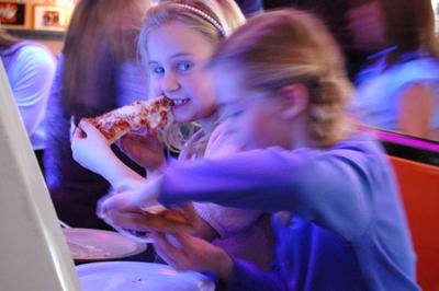 Birthday_pizza1