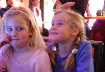 Emma_and_madison_bowling1